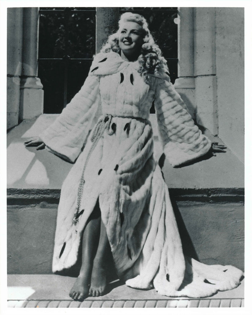 Betty Grable Black Amp White Photography Design Lover